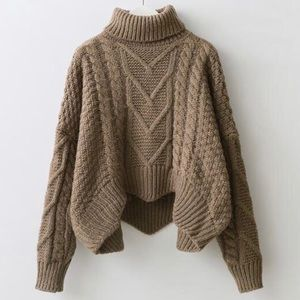 Hygge North cropped cable knit sweater
